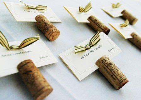 Corchos de vino sujeta invitaciones